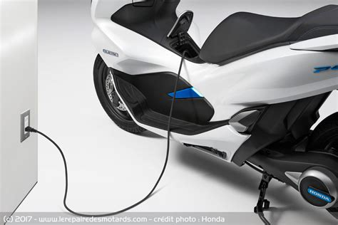 Honda Pcx Electric Hd Photo by Honda Passe Le Pcx 224 L 233 Lectrique Et 224 L Hybride
