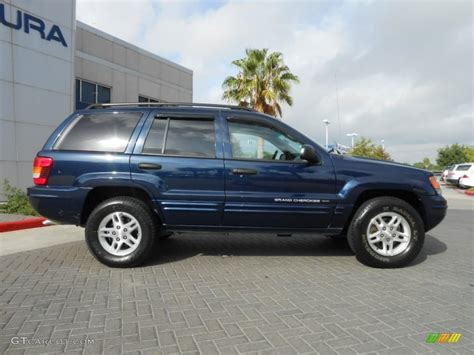 Midnight Blue Pearl 2004 Jeep Grand Cherokee Laredo