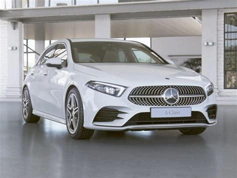 There aren't too many premium family hatchbacks on the market right now. New Mercedes-Benz A-Class A180d AMG Line Premium Plus 5dr Auto Diesel Hatchback for Sale | Vertu ...