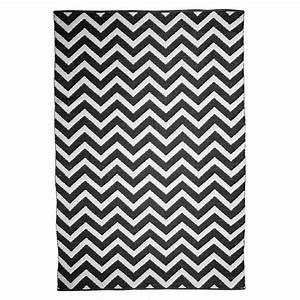 tapis motif chevron noir et blanc zen the rug republic 160x230 With tapis chevron gris et blanc