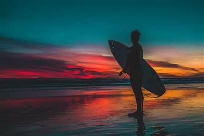 Bro Surfer