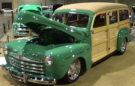 1946 Ford Woody Street Rod - YouTube