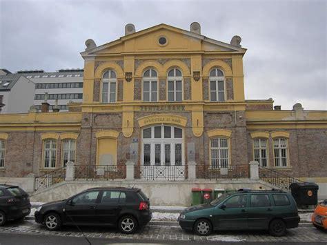 Bankgebaeude In Wien by Ehem Bankgeb 228 Ude Im Zentralviehmarkt St Marx 2 3