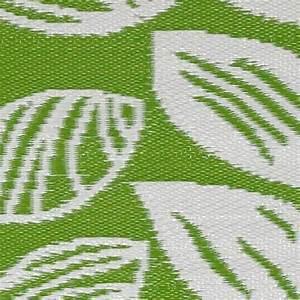 Garten im quadrat outdoor teppich male grun weiss for Balkon teppich mit grün weiß gestreifte tapete