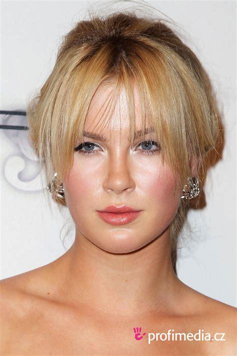 hair styles with a bun ireland baldwin hairstyle easyhairstyler 2674