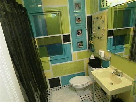 ideas for small bathrooms makeover retro bathroom hgtv