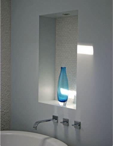 comment faire une toilette au lit d une personne agee rangement salle de bain en 26 id 233 es anti casse t 234 te
