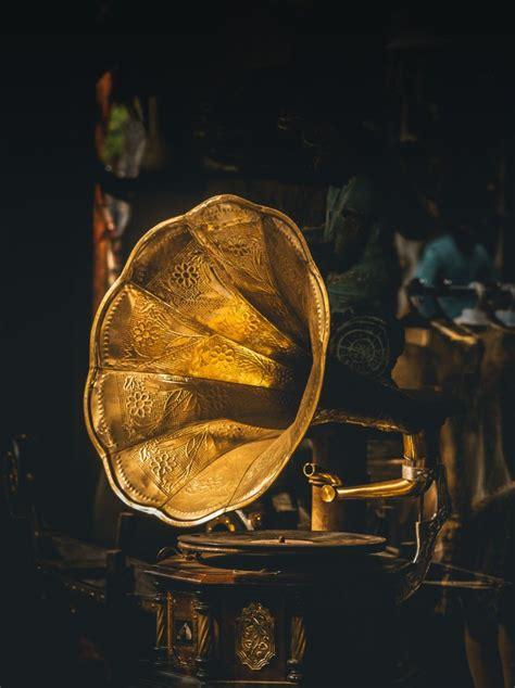 restore bronze copper  brass metal men recycling