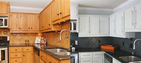 refaire les armoires de cuisine refaire sa cuisine en chene beautiful trendy cuisine