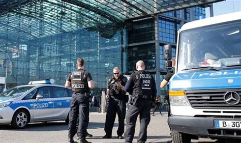 Bomb In Berlin by Bomb Found In Berlin City Centre Evacuated World