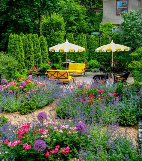 garden ideas for small backyards beautiful backyards garden ideas