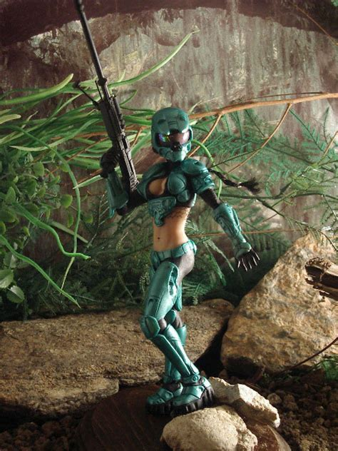 news female master chief sold  good  megagames