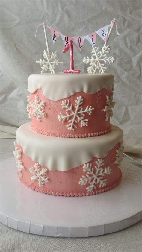 winter onederland cake royal icing snowflakes buttercream