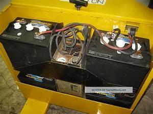 Yale 4000 Lb  Electric Pallet Jack 24 Volt With Charger