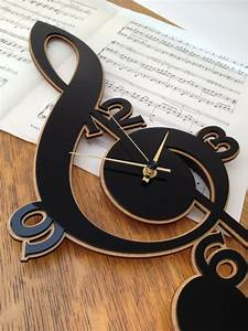 26 Extremely Creative Handmade Wall Clocks - Style Motivation
