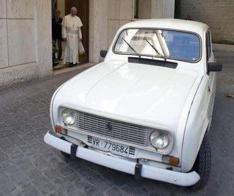 renault occasion ales francis in the vatican my other popemobile is a 30 year renault 4l
