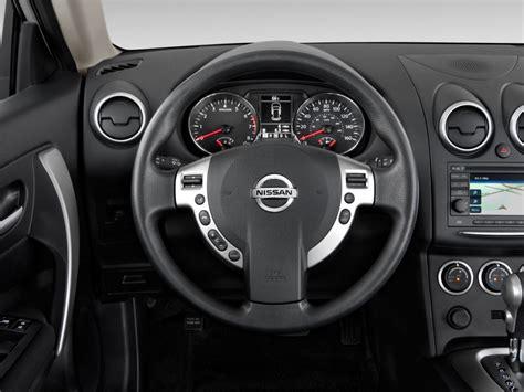 Image 2013 Nissan Rogue Fwd 4door Sv Steering Wheel