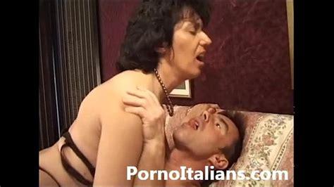 Italian Mature Sexy Video Porn Matura Italiana Asseta Di Cazzo Xnxx