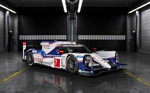 Mandataire Auto Le Mans : 2014 toyota ts040 hybrid le mans prototype revealed video ~ Dailycaller-alerts.com Idées de Décoration