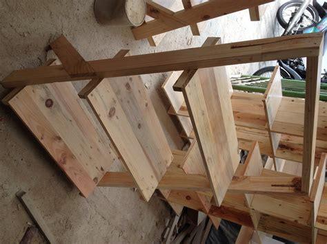 Rak Untuk Jualan Kosmetik jual rak etalase kayu untuk jualan barang di pameran di