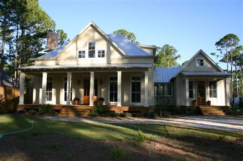 sweetwater lot  southern house plans southern living