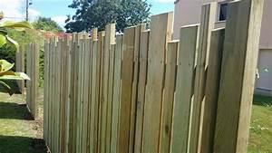Faire Une Cloture En Bois : amenagement jardin cloture bois ~ Dallasstarsshop.com Idées de Décoration