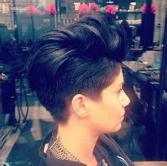 haircuts for thick hair 20 shorter hairstyles for thick manes curly 9841