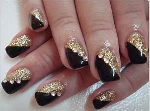 Black & gold | Nails art and design | Pinterest