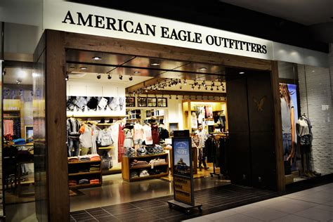 American Eagle Outfitters Store Canada | This is a shot of ...