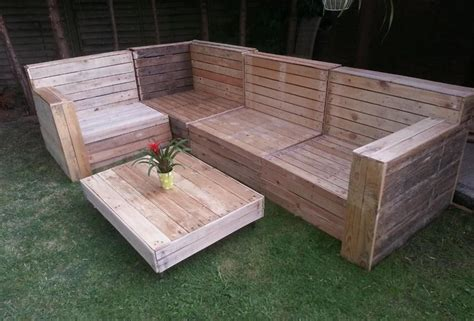 diy outdoor pallet furniture plans diy pallet garden furniture plans pallet wood projects 47242