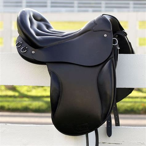 saddle saddles horse english endurance trail gold kuda tack flex cup horses seat leather comfortable riding most front barns knee