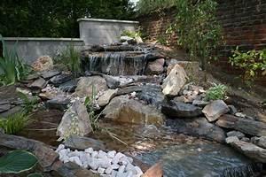 Bulleur Pour Bassin : cascade d eau pour bassin id es de ~ Premium-room.com Idées de Décoration
