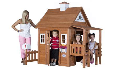 Backyard Discovery Cedar Chateau Playhouse by Backyard Discovery Swing Set Playset Playhouse