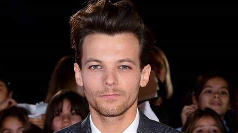 Louis Tomlinson's Sister Dies After Suffering Suspected