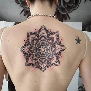 Tatuajes para mujeres en la espalda Tatuajes para Mujeres