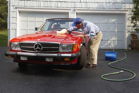 comment bien lustrer sa voiture comment laver sa voiture