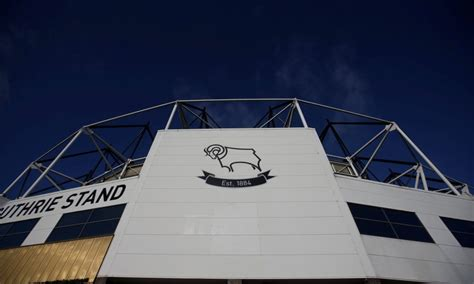 3 free-agents still available that Derby County could sign ...