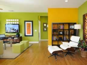 wohnzimmer deko farben wohnzimmer wohnideen mit deko in kräftigen farben