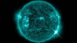 Nasa Captures Image Of Massive Solar Flare
