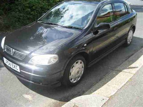 opel astra 2004 black vauxhall 2004 astra 1 6 auto club black car for sale