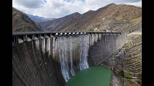 How It Works  Hydroelectric Dam