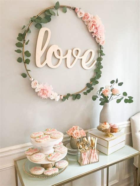 diy hula hoop love sign floral wedding ideas