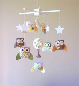 Mobile Pour Bébé : joli mobile pour b b avec des hiboux the owl pinterest mobiles owl mobile and owl ~ Teatrodelosmanantiales.com Idées de Décoration