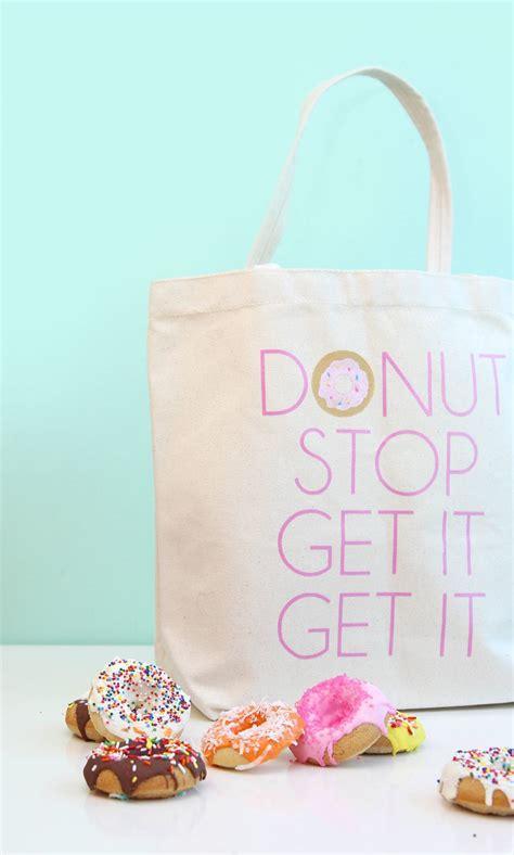 diy donut tote bag damask love