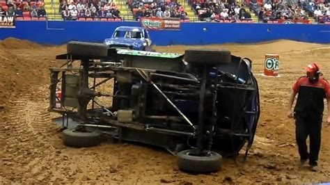 monster truck show austin tx tuff truck 39 wild thing 39 rolls over in austin texas hd