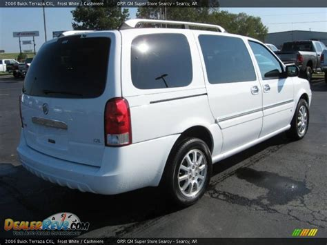 Buick Terraza Cxl by 2006 Buick Terraza Cxl White Photo 4