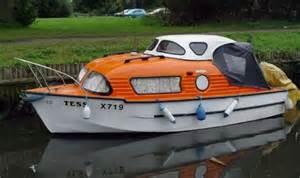 Small Cabin Cruiser Boats