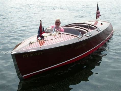 Wooden Runabout Boat Builders by Macatawa Bay Boat Works Builders And Restorers Of Wooden