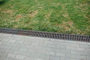 Drainagerohr Richtig Verlegen : drainage im garten so entw ssern sie ihn richtig ~ Lizthompson.info Haus und Dekorationen