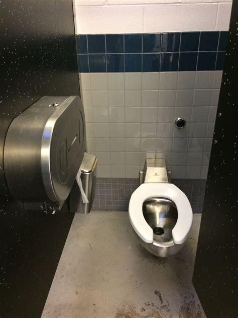 jefferson park design  public restrooms